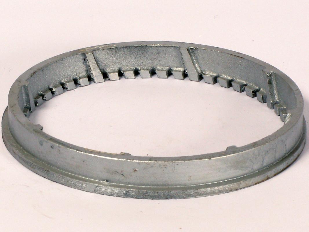 /12 - Drtící prstenec